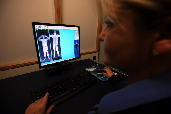 Security「Full Body Scanners Unveiled At Manchester Airport」:写真・画像(5)[壁紙.com]