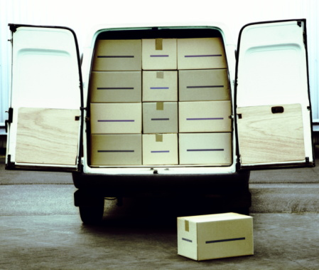 Emotional Stress「Stationary van loaded with boxes, doors open, rear view」:スマホ壁紙(14)