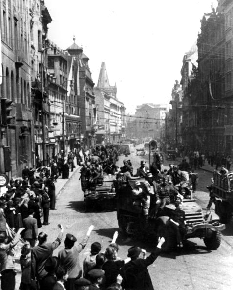 Russian Military「Soviets Reach Prague」:写真・画像(4)[壁紙.com]
