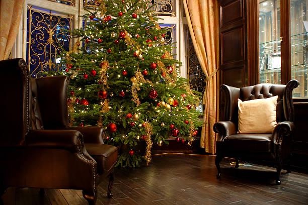 Luxury room indoor at Christmas time:スマホ壁紙(壁紙.com)