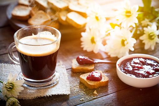 Resting「Coffee drink at morning on garden table」:スマホ壁紙(19)