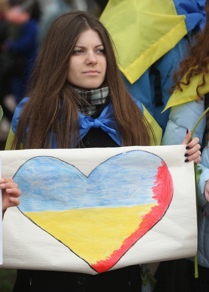 Chanting「Ukraine Crisis Continues As The Crimea Prepares To Vote In The Referendum」:写真・画像(14)[壁紙.com]
