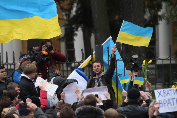 Chanting「Ukraine Crisis Continues As The Crimea Prepares To Vote In The Referendum」:写真・画像(13)[壁紙.com]