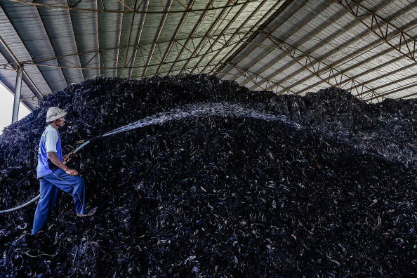 Recycling「Balinese Waste Disposal Site Makes Waves In Bid To Solve Indonesia's Waste Problems」:写真・画像(4)[壁紙.com]
