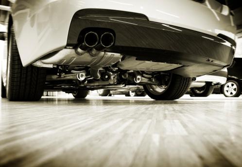 Sepia Toned「view under the car」:スマホ壁紙(4)