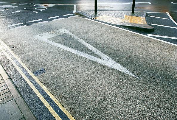 Road Marking「Coloured asphalt applied on road crossing England, UK」:写真・画像(11)[壁紙.com]