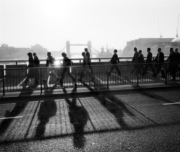 Commuter「London Bridge At Dawn」:写真・画像(13)[壁紙.com]