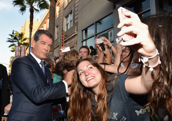 "Alberto E「Premiere Of Relativity Media's ""The November Man"" - Red Carpet」:写真・画像(5)[壁紙.com]"