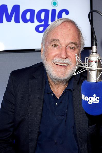 Magic Kingdom「John Cleese Visits Magic.FM」:写真・画像(8)[壁紙.com]