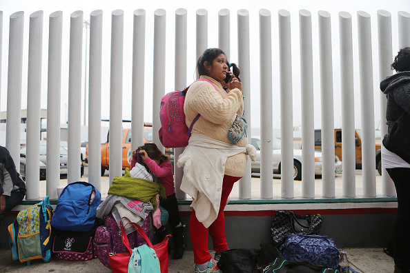 """Baja California Peninsula「President Trump's """"Zero Tolerance"""" Mexico Border Policy Stirs Controversy And Confusion」:写真・画像(11)[壁紙.com]"""