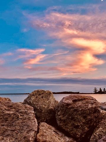 Great Lakes「Lake Superior   Minnesota    Sunset over Lake Superior」:スマホ壁紙(5)