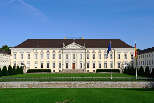 Castle「Berlin Bellevue Palace Front Home of German President」:スマホ壁紙(8)