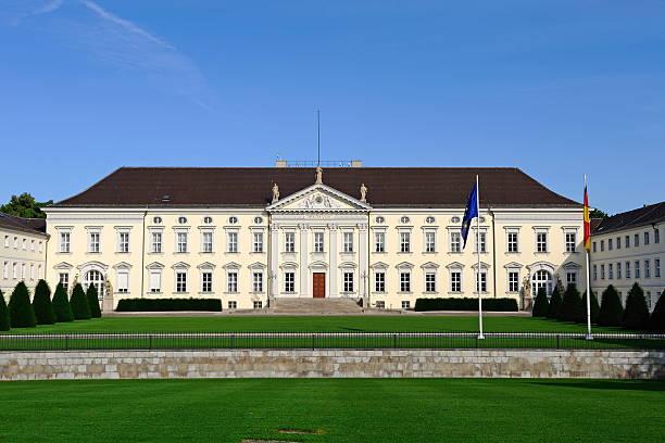 Berlin Bellevue Palace Front Home of German President:スマホ壁紙(壁紙.com)