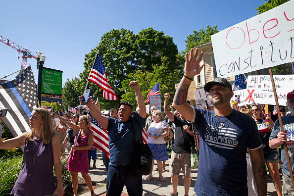 Large Group Of People「Patriot Prayer Holds Rally Protesting Mandatory Face Masks In Washington」:写真・画像(10)[壁紙.com]
