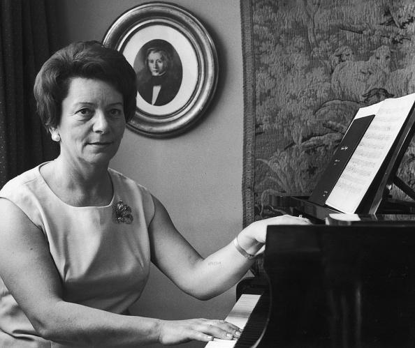 Classical Musician「Natalia Karp」:写真・画像(10)[壁紙.com]