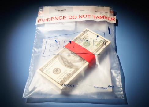 American One Hundred Dollar Bill「Stack of US$100 bills in evidence bag」:スマホ壁紙(4)