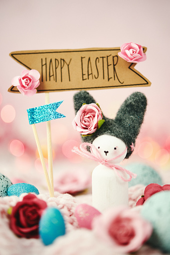 Easter Bunny「Handmade bunny with flowers and Easter message」:スマホ壁紙(19)