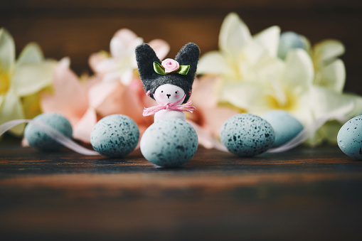 Easter Bunny「Handmade bunny with lilies and speckled eggs」:スマホ壁紙(1)