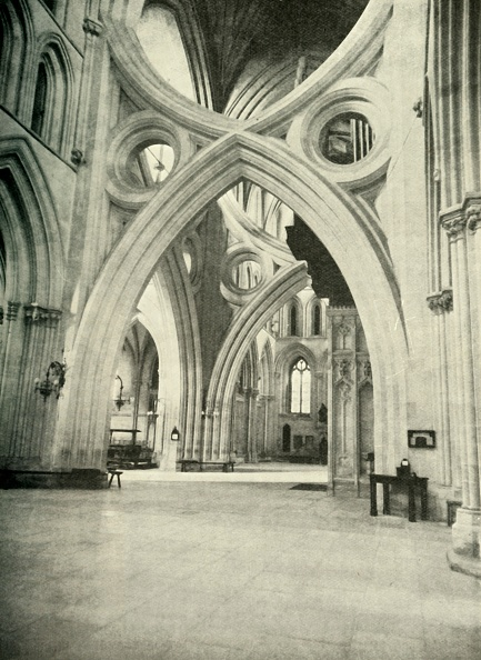 Circa 14th Century「Unusual Arches In Wells Cathedral - Meet To Form A St Andrews Cross And Were So Built In 1338 To  Creator: Unknown」:写真・画像(19)[壁紙.com]