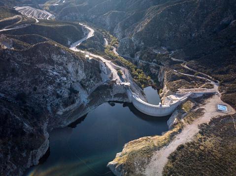 Angeles National Forest「Big Tujunga Dam- Aerial Drone Shot」:スマホ壁紙(4)