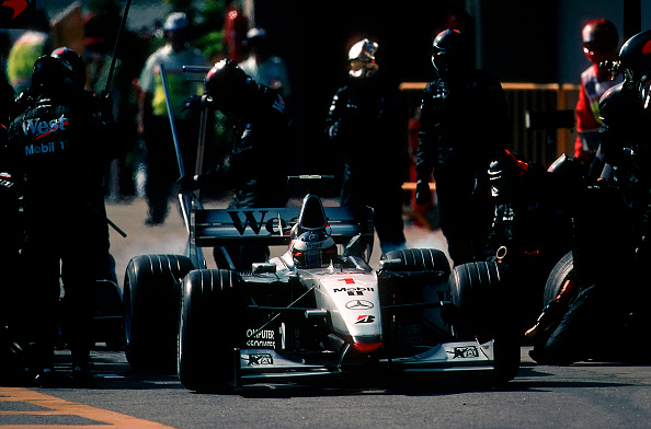 Mechanic「Mika Hakkinen, Grand Prix Of Brazil」:写真・画像(4)[壁紙.com]