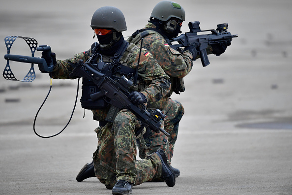 German Military「Germany And Holland Hold Military Exercises」:写真・画像(10)[壁紙.com]