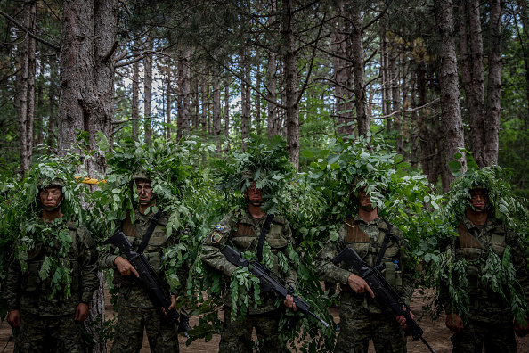 Bestpix「Kosovo Security Forces Grow Recruitment, In Move Toward Regular Army」:写真・画像(8)[壁紙.com]