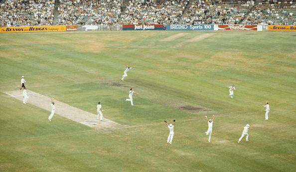 Catching「4th Ashes Test Match Australia v England Melbourne 1982」:写真・画像(15)[壁紙.com]