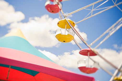 Entertainment Tent「Ferris Wheel and Tent」:スマホ壁紙(13)