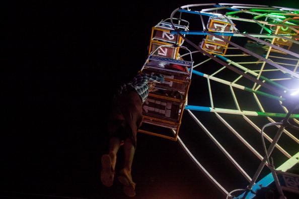 Ferris Wheel「Daily Life In Yangon」:写真・画像(6)[壁紙.com]
