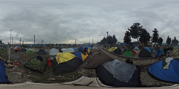 全景「Migrants Trapped In Greece As Borders Are Closed」:写真・画像(11)[壁紙.com]
