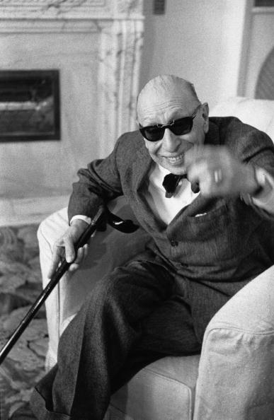 Erich Auerbach「Stravinsky In Shades」:写真・画像(7)[壁紙.com]