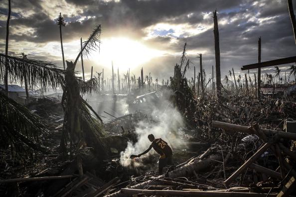 LegacyCollection「Humanitarian Efforts Continue Following Devastating Super Typhoon」:写真・画像(2)[壁紙.com]