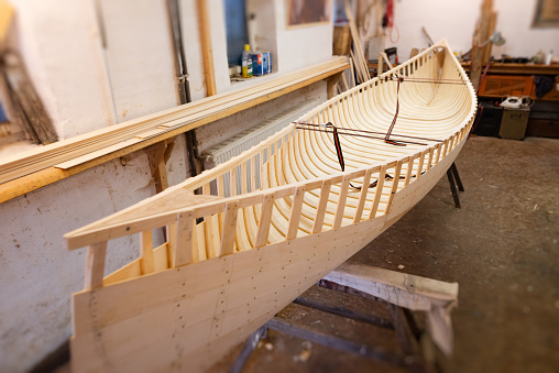 Building - Activity「making a wooden canoe」:スマホ壁紙(12)