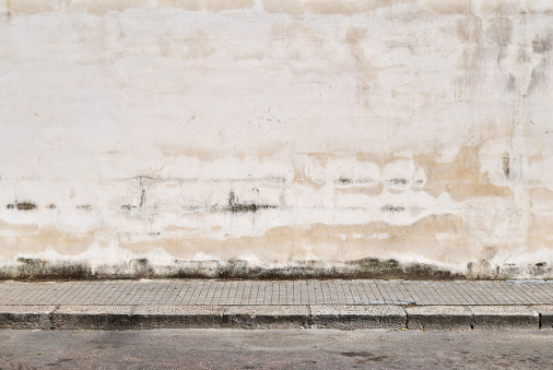 Old-fashioned「Old concrete grunge wall with sidewalk」:スマホ壁紙(4)