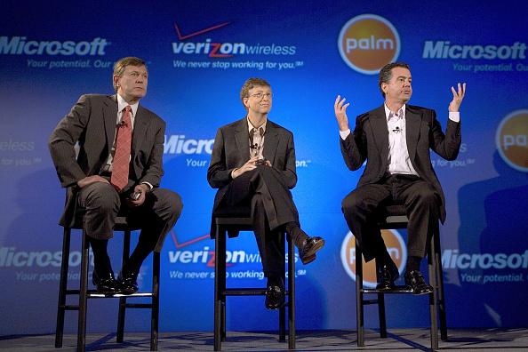 Conference Phone「Palm, Microsoft And Verizon To Unveil Windows Mobile Treo」:写真・画像(10)[壁紙.com]