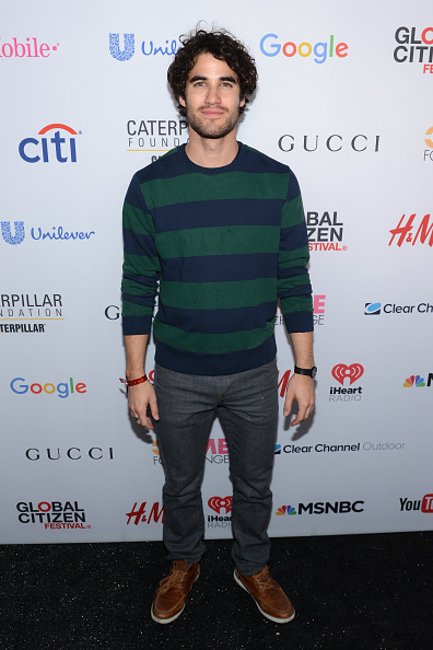 Round Neckline「2015 Global Citizen Festival In Central Park To End Extreme Poverty By 2030 - VIP Lounge」:写真・画像(18)[壁紙.com]