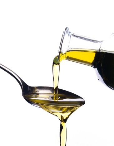 Pouring「Pouring olive oil」:スマホ壁紙(7)