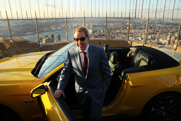 Empire State Building「Ford Marks 50th Anniversary Of Company's Mustang By Revealing 2015 Model On Empire State Building」:写真・画像(3)[壁紙.com]