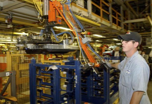 Hydraulic Platform「Ford Unveils Mercury Mariner Hybrid」:写真・画像(15)[壁紙.com]