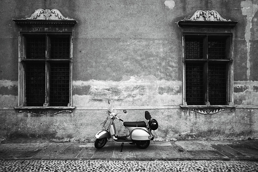 1960-1969「Vespa Piaggio. Black and White」:スマホ壁紙(16)