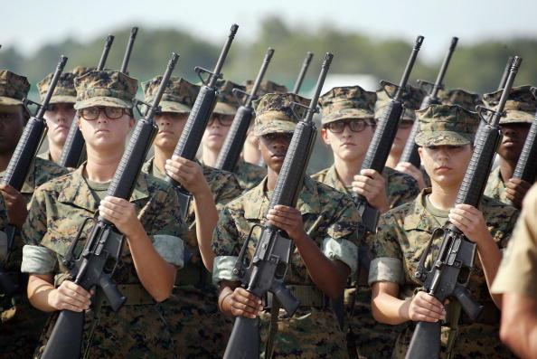 Marines - Military「Women Train to Become U.S. Marines」:写真・画像(3)[壁紙.com]