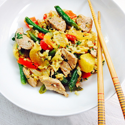 Chili Sauce「Pork and pineapple stir-fry with cilantro rice on a white plate with chopsticks」:スマホ壁紙(19)