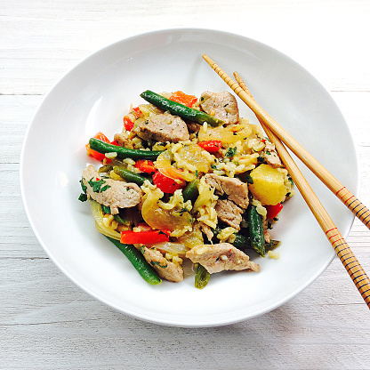 Chili Sauce「Pork and pineapple stir-fry with cilantro rice on a white plate with chopsticks」:スマホ壁紙(12)