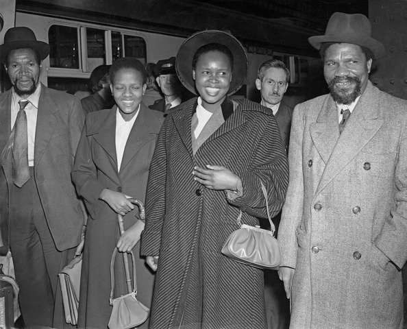 服装「Sobhuza II」:写真・画像(11)[壁紙.com]