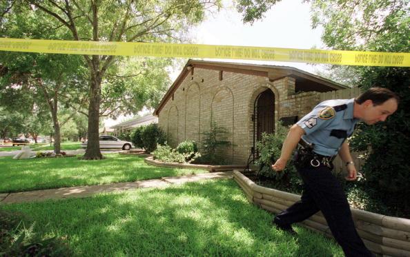 Phillippe Diederich「Mother Murders Five Children」:写真・画像(19)[壁紙.com]