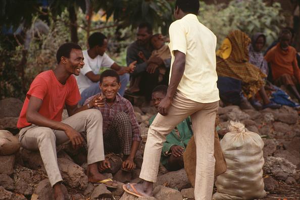 Frances M「Village Mto-Wa-Mbu」:写真・画像(10)[壁紙.com]