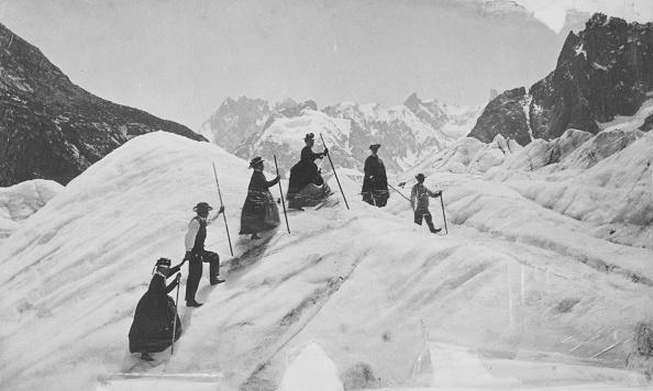 Climbing「Mer De Glace」:写真・画像(2)[壁紙.com]