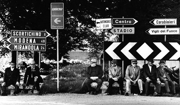 Romano Cagnoni「Roadside Hang-Out」:写真・画像(9)[壁紙.com]