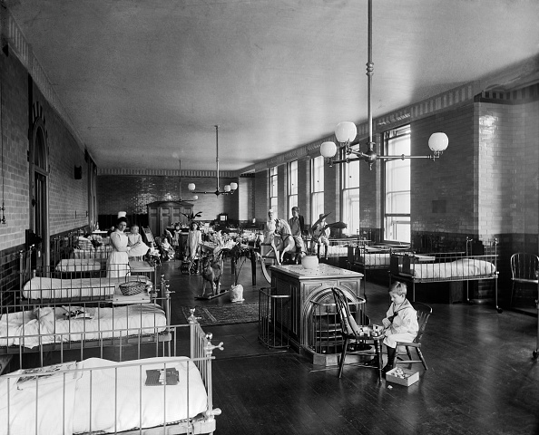 Victorian Style「Childrens Ward,」:写真・画像(18)[壁紙.com]